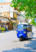 OLIMPIA, GREECE - JUNE 13, 2014: Tuk-Tuk in Olimpia, Greece on June 13, 2014.One of the main attractions of Greece — Stock Photo