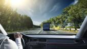 Transportation and vehicle concept - man shifting the gear on ca — Stock Photo
