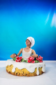 Cake with a surprise — Stock Photo