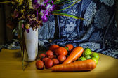 Flowers and Fruits still life — Stockfoto
