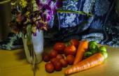 Flores e frutos ainda vida — Fotografia Stock