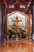 Nakhon Pathom, Thailand - May 1, 2015: Jesus Christ on the cross at the  Woodlands museum in Nakhon Pathom, Thailand — Stock Photo