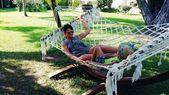 Relaxing in hammock — Stock Photo