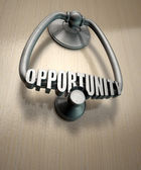 Opportunity Knocks Door Knocker — Stock Photo