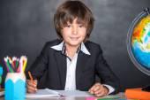 Veselá škola psaní v poznámkovém bloku — Stock fotografie