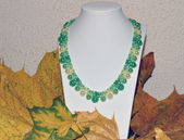 "Necklace of beads handmade ""Falling Leaves"" — Foto Stock"