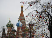 Red Square in Moscow in the winter and balls — Stock Photo