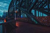 Hohenzollern ponte sobre o Rio Reno em Colónia — Fotografia Stock