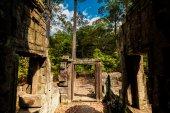 Baphuon temple in Angkor Cambodia — Stock fotografie