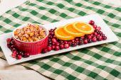 Cranberry apple relish with orange slices — Stock Photo