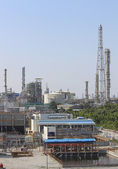 Refinery tower Industrial plant — Stock Photo