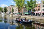 Tourist in Amsterdam — Stock Photo