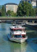 Boats on danube river - Wien — Stock Photo