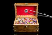 Magnificent Diamond & Treasure chest — Stock Photo