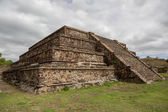 Aztec pyramid on cloudy day — Stock Photo