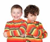 Pair of twins dressed alike — Stock Photo
