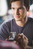 Engagement ring in cafe — ストック写真