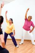 Senior woman in aerobic session. — Foto de Stock