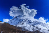 Mountain scenery in Himalaya — Стоковое фото