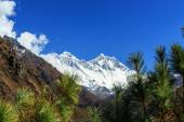 Alpine scenery in the Himalayas — Stock Photo