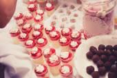 Elegant dessert setup — Stock Photo