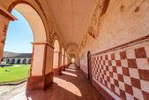 Koridoru a oblouky — Stock fotografie
