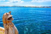 Reed-Boot und dem Titikakasee — Stockfoto