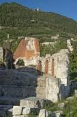 Ruins of the Roman theater in Gubbio (Umbria, Italy) — Stock Photo