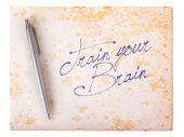 Старая бумага гранж-фон - поезд ваш мозг — Стоковое фото