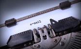 Iscrizione d'epoca fatta da vecchia macchina da scrivere — Foto Stock
