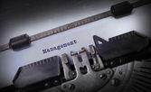 Vintage inscrição feita pela velha máquina de escrever — Fotografia Stock