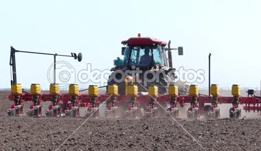 Tractor and Seeder Planting Crops — Stock Video