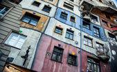 Ansicht des Hundertwasser-Haus — Stockfoto