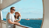 Couple standing on board — Stock Photo
