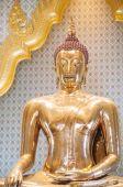 The world's largest solid gold Buddha statue at Wat Traimit, Bangkok — Stock Photo