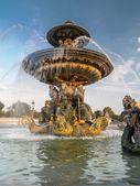 Fountain on Place de la Concorde — Stock Photo