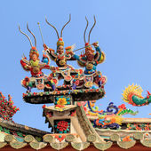 Ceramic decorate on the top at Pagoda — Stock Photo