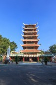 Vietnam National Pagoda ( Vietnam Quoc Tu ) located at district 10. This is a famous pagoda at Ho Chi Minh City. — Стоковое фото