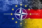 グランジの nato、eu、ドイツの旗 — ストック写真