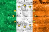 Ireland and European Union Flag painted on grunge wall — Stock Photo