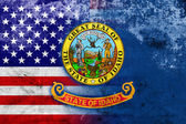 USA and Idaho State Flag with a vintage and old look — Stock Photo