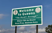 Welcome to Queens Sign - New York — Stock Photo