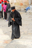 Orthodoxer Priester, heilig-Grab-Kirche, Jerusalem — Stockfoto
