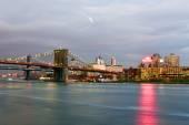 Brooklyn Bridge and East River — Stock Photo