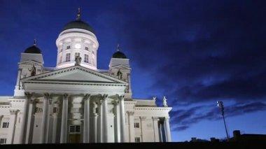 Catedral de San Nicolás (Catedral Basílica) en Helsinki — Vídeo de Stock