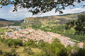 Views of Ezcaray village, La Rioja, Spain. — Foto de Stock