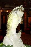 Ice sculpture of fish on Queen Mary 2 — ストック写真