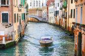 Boat sailing in Venice — Stock Photo