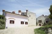 Typische huizen in Rovinj — Stockfoto