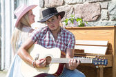 Outdoor Contry music couple — Stock Photo